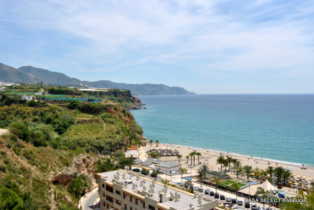 Playa de Burriana - Nerja